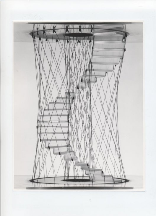 Modellino della scala progettata da Pio Manzù.