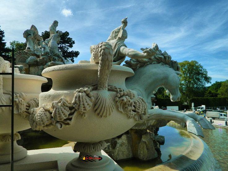 Wien, Schönbrunn Palace Garden, Nikon Coolpix L310, 5.1mm, 1/250s, ISO80, f/8.9, -0.7ev, HDR-Art photography, 201605211555