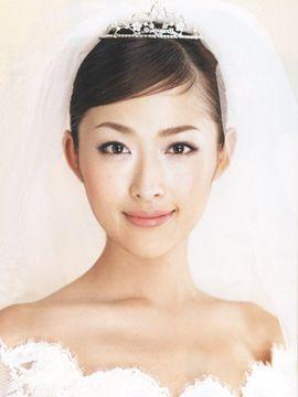 第15回 藤原美智子さんのバランス美人を完成させる ヘア&メイク | ウエディングドレス | MISSウエディングnet