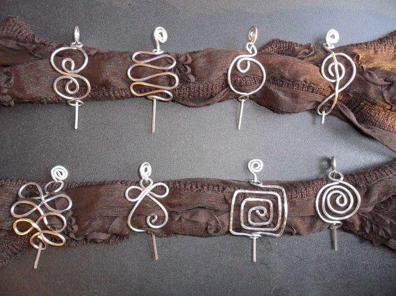 scarf pins .... make these please, Danielle