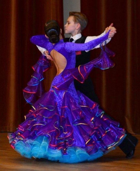 картинки платьев бальных
