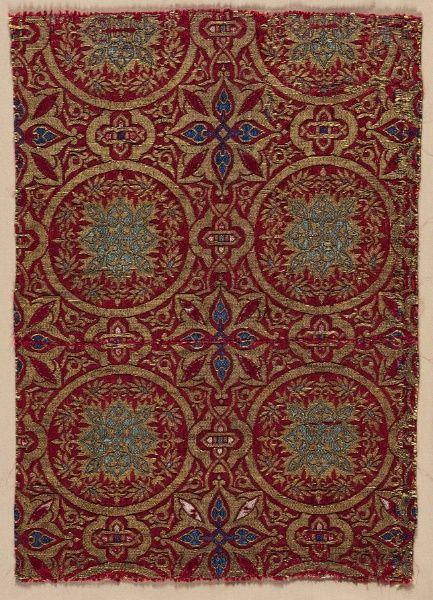 Silk Fragment. Spain 14th century Diasper weave; silk and gold. Cleveland Museum of Art, Ohio.
