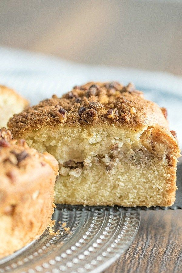 Apple Nut Sour Cream Coffee Cake A Tender Moist Coffee Cake Made With Three Delicious Layers Apple Applecake Coffeecake