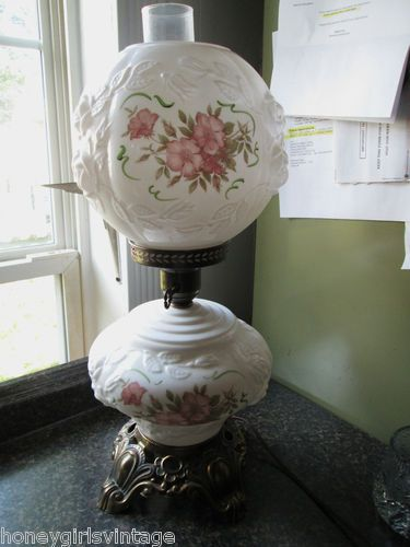 Antique Fenton Double Light Gone With The Wind Lamp W