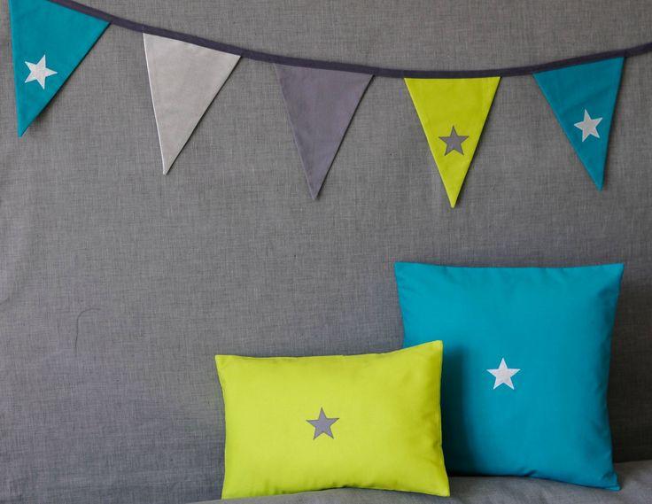 star garland and cushions - guirlande de fanions et coussin étoilés - fikOu miKou