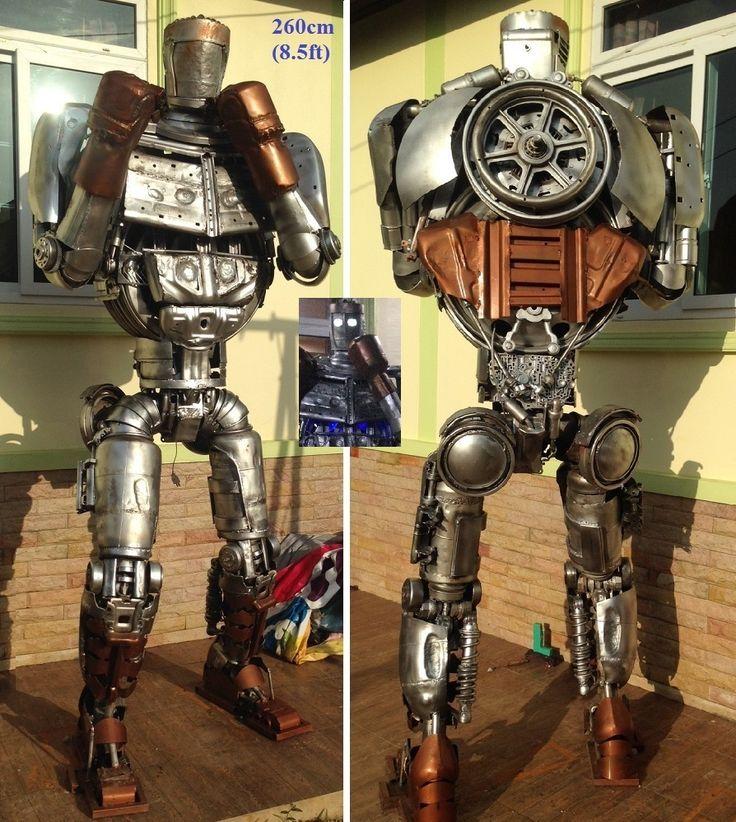atom robot statue life size scrap metal art from thailand with robot mont noir. Black Bedroom Furniture Sets. Home Design Ideas