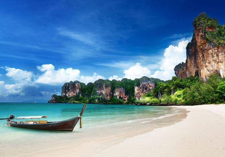 Krabi i Thailand har masser af smukke strande, og en af dem er lidt smukkere end de andre - nemlig Railey Beach!