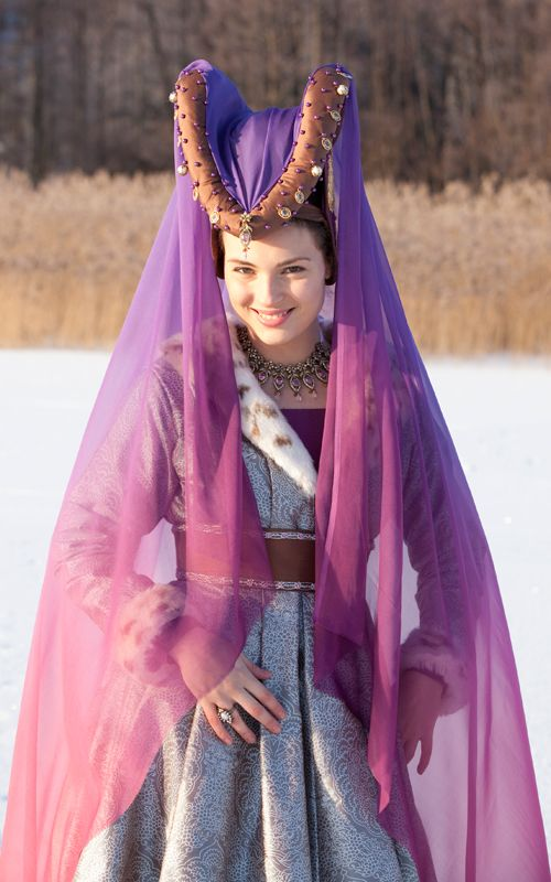 Medieval Clothing And Fashion