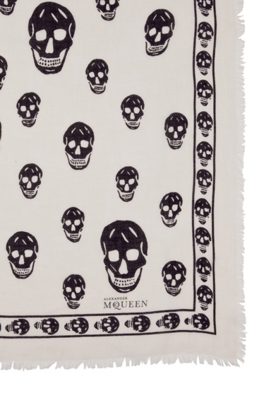 Close-up on skull pashmina scarf