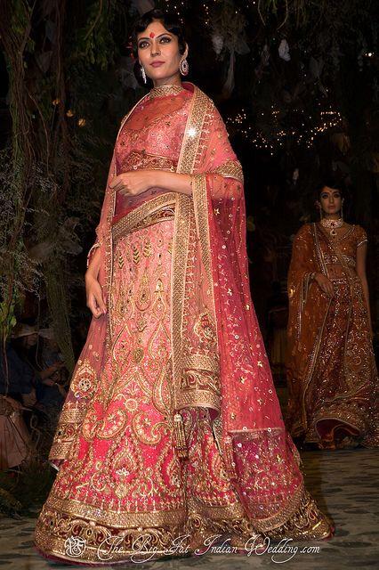 Aamby Valley India #Bridal Fashion Week 2012 | Tarun Tahiliani #lehenga #choli #indian #shaadi #bridal #fashion #style #desi #designer #blouse #wedding #gorgeous #beautiful