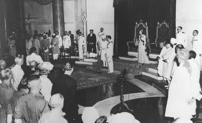 From Wikiwand: Lord Mountbatten swears in Jawaharlal Nehru as the first Prime Minister of India on 15 August 1947.