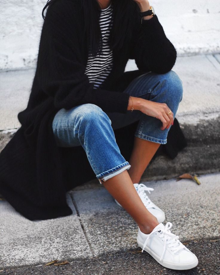 cropped jeans, striped tee, cozy sweater, sneakers, weekend outfit