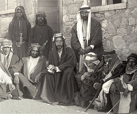 Despite controversies, all accounts agree that Lawrence (in the centre, on Prince Feisal´s left) was a valued adviser serving Prince Feisal and the Arab Revolt.