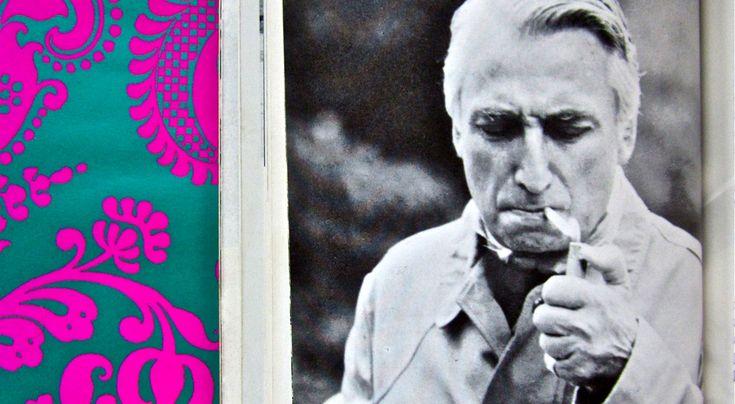 Pierwsze zdanie Rolanda Barthesa brzmi: wszystko to należy uznać za wypowiedziane przez postać z powieści  * * * * * * www.polskieradio.pl YOU TUBE www.youtube.com/user/polskieradiopl FACEBOOK www.facebook.com/polskieradiopl?ref=hl INSTAGRAM www.instagram.com/polskieradio