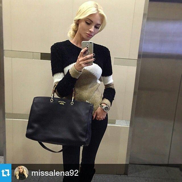 Известная модель, 2-ая Вице-мисс конкурса «Мисс Россия 2012» и просто роскошная девушка Алёна Шишкова выбрала для себя на vipavenue.ru легендарную модель сумки Gucci с ручками из бамбука.