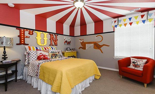 17 best images about circus themed kids bedroom on for Circus themed bedroom ideas
