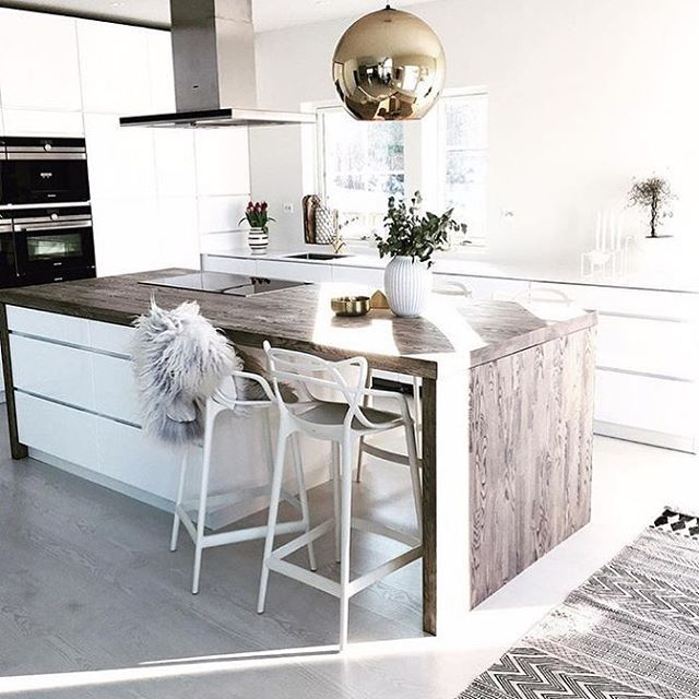 Kitchen goals via @skipperfrue 👈🏻 House Doctor rug available from @immyandindi
