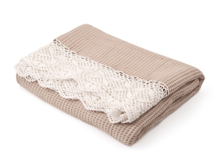 Vintage throws to add glamour to the new year | New Crochet Border natural | R229.99