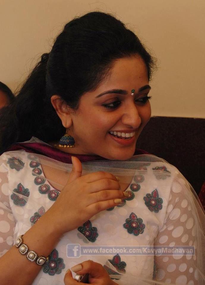 Kavya Madhavan കാവ്യ മാധവൻ Indian Film Actress Cute Photos   Malayalam Actress Photos Videos News http://mallufresh.blogspot.com/2013/11/kavya-madhavan-indian-film-actress-cute.html#.UpBKRyeNDoA