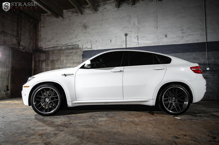 Strasse Forged | BMW X6M on SM7 Deep Concave Wheels!