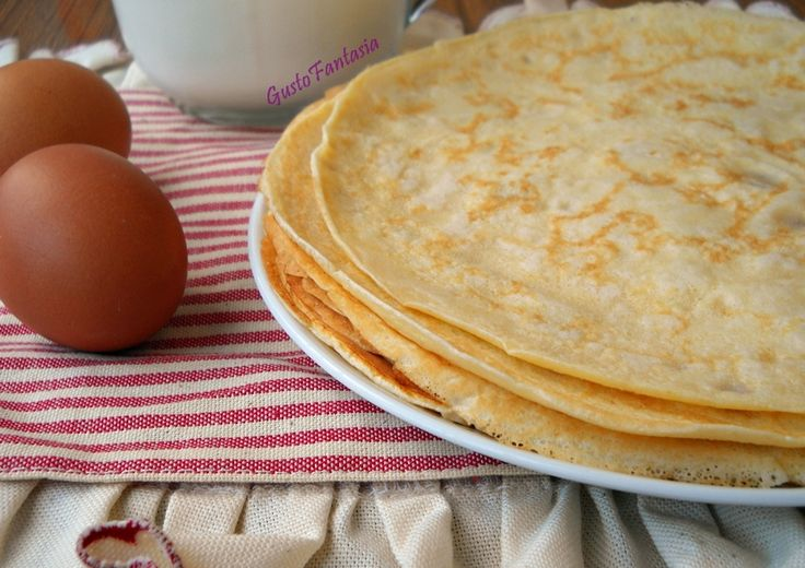 Crepes ricetta base Una ricetta semplice e veloce da realizzare e che si può utilizzare per la preparazione di diversi piatti sia dolci che salati con un ..