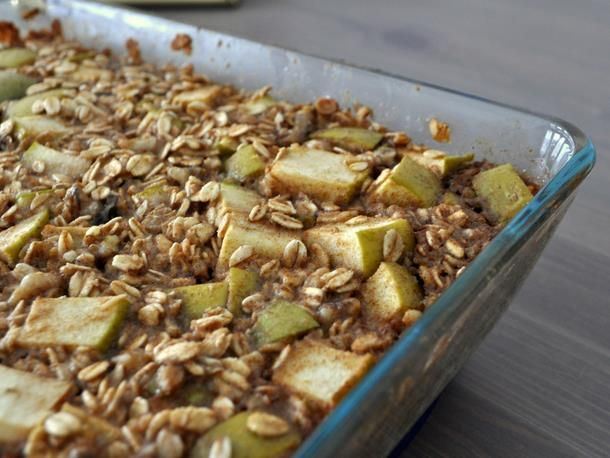 Baked Apple Cinnamon Oatmeal from Serious Eats. http://punchfork.com ...