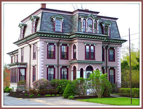 House on Main Street in Leicester, MA - Jewishfan From Boston