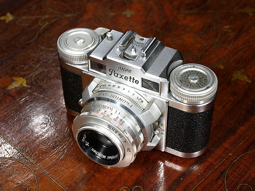 Super Paxette http://cameraclasic.blogspot.com
