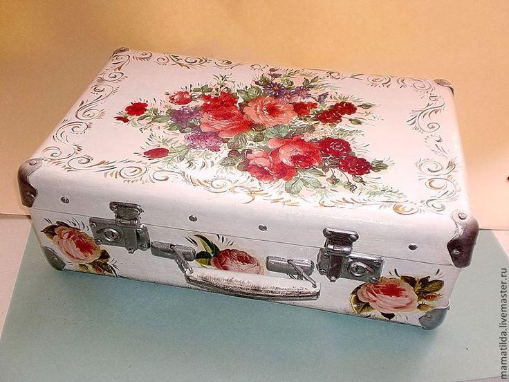 Love this suitcase