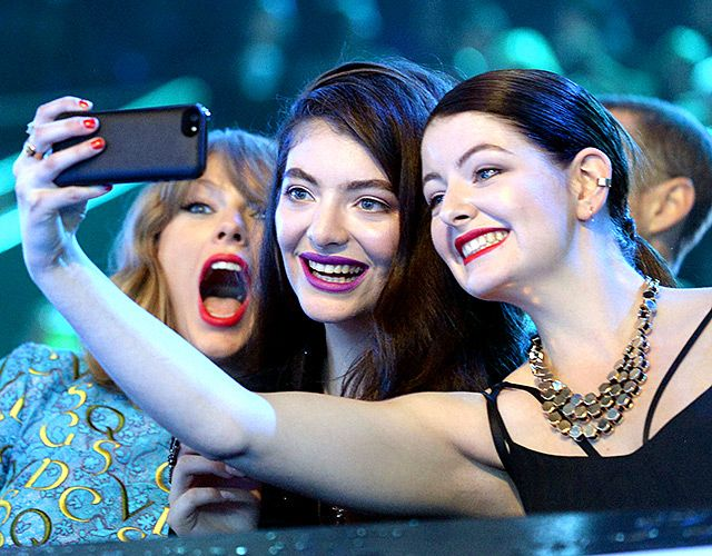 They snap selfies! Taylor Swift posed for a fun snap with her friend Lorde and Lorde's sister Jerry at the MTV VMAs 2014.