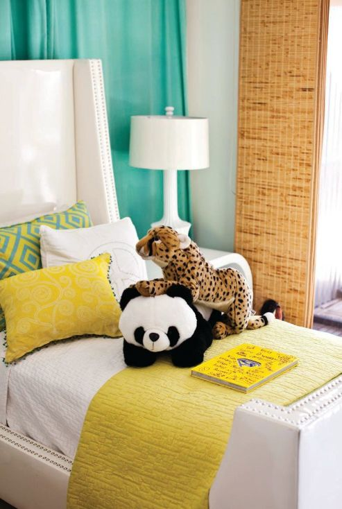Susan Hornbeak-Ortiz, owner of Shine by S.H.O. child's room, could work for a boy or girl really. Such a bright and happy color combination!Kids Bedrooms, Bedrooms Colors, Kids Spaces, Room Colors, Bedrooms Design, Kids Room, Colors Combinations, Colors Schemes, Child Bedrooms