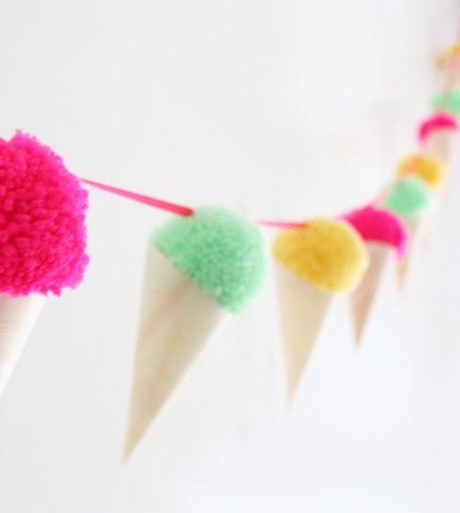 Zelf deze ijsjesslinger maken? Een origineel cadeau voor kids en feestjes! #knutselen #kinderen #party #zomer