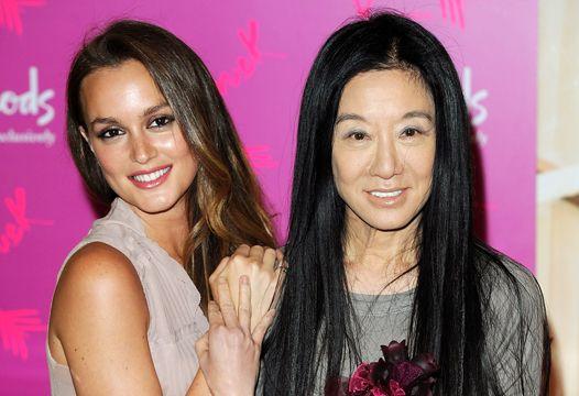 Американский дизайнер Вера Вонг представила на Неделе моды в Нью-Йорке свою новую коллекцию сезона весна-лето 2013.