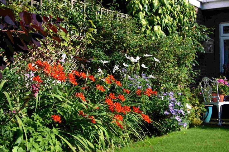 English Borders Garden Nooks Amp Crannies Flower Garden