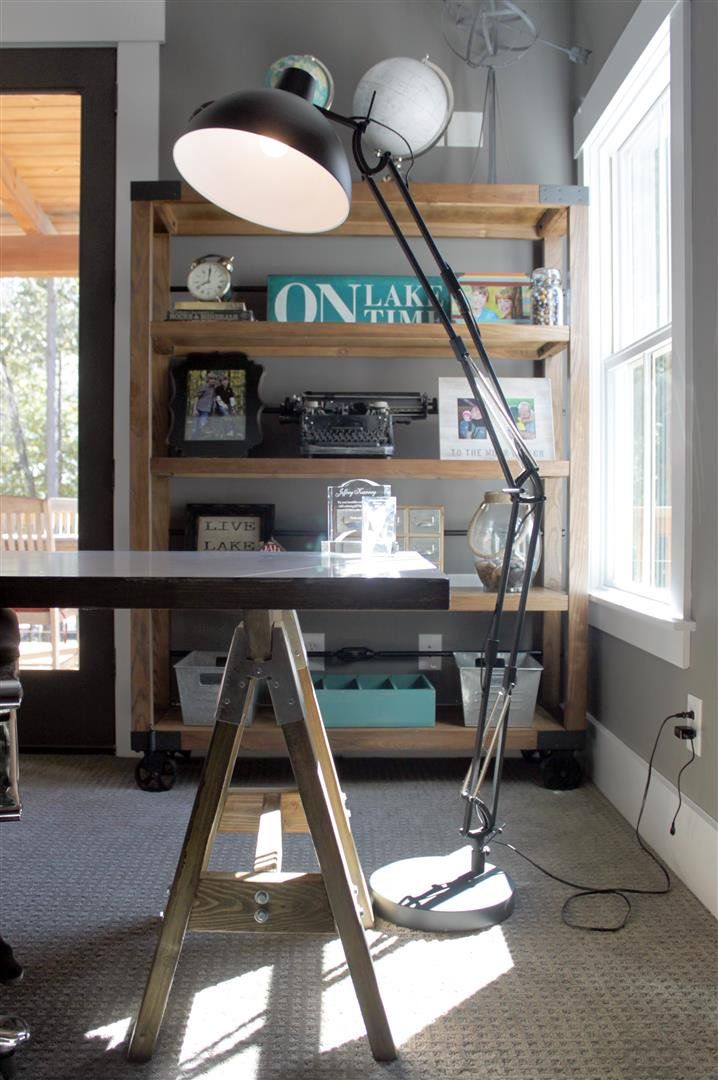 Open Living Floor Plan - Lake House Design with Walkout Basement. A 2 car  garage ...