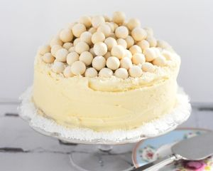 White chocolate Malteser cake recipe makes a show-stopping alternative Christmas cake thats easy to recreate