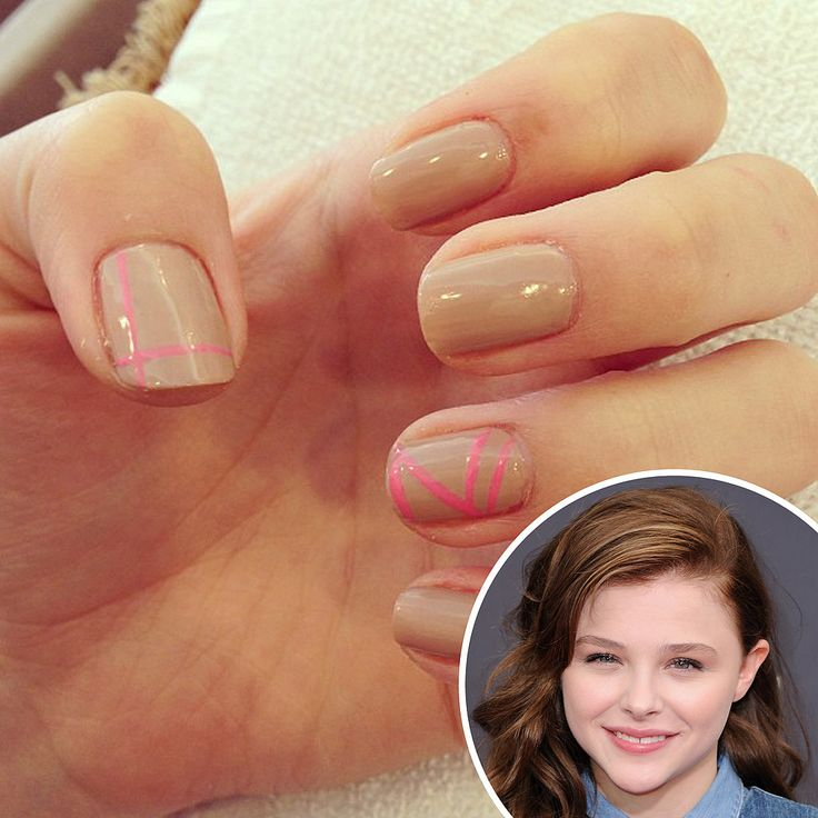 chloe moretz, nude manicure+neon pink.