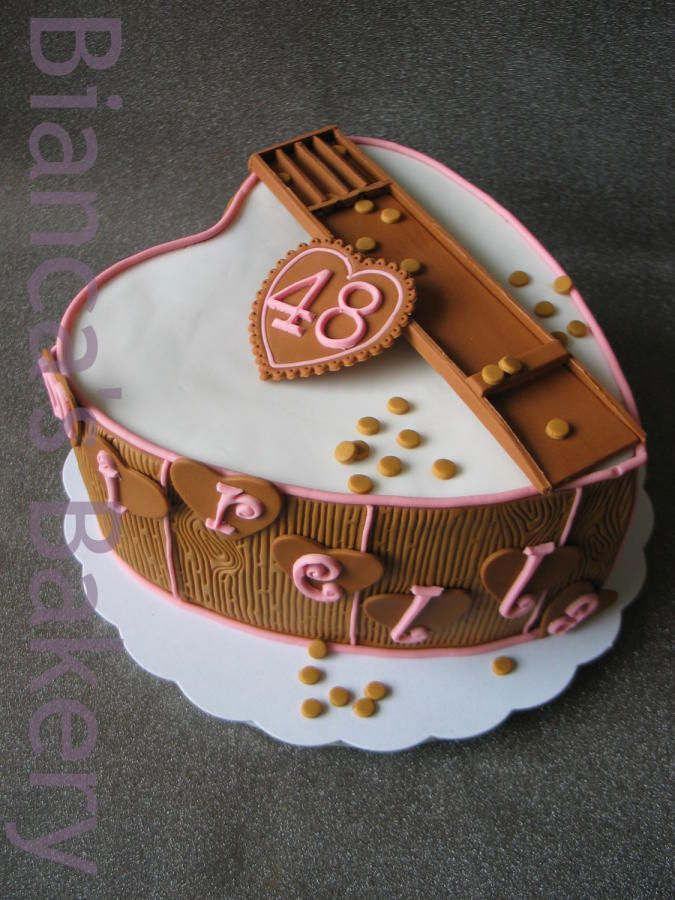 Sjoelbak taart by Bianca's Bakery