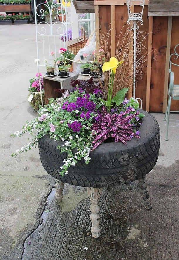 Reciclagem-pneus-jardim-vaso-banquinho