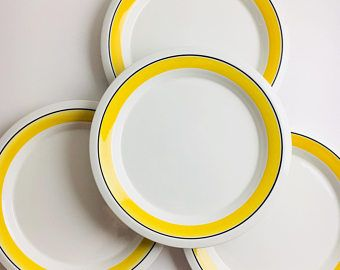 "Near Mint / vintage Arabia Finland hand painted bright yellow ceramic plate named ""Faenza"", designed by Peter Winquist, 1970"