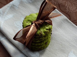 GALLETUCAS, galletas decoradas y galletas gourmet: GALLETAS DE TE VERDE (CON Y SIN CHOCOLATE)