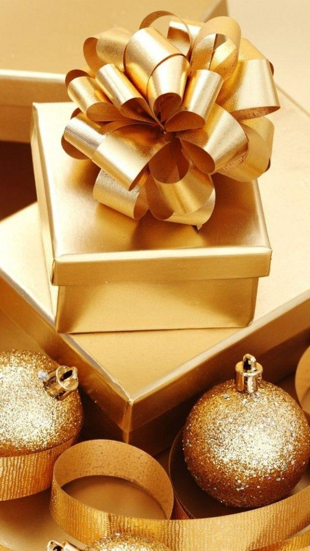Gold ~ Gift Wrapping and Ornaments #Christmas #Holidays #RealEstate www.tinablackmon.com
