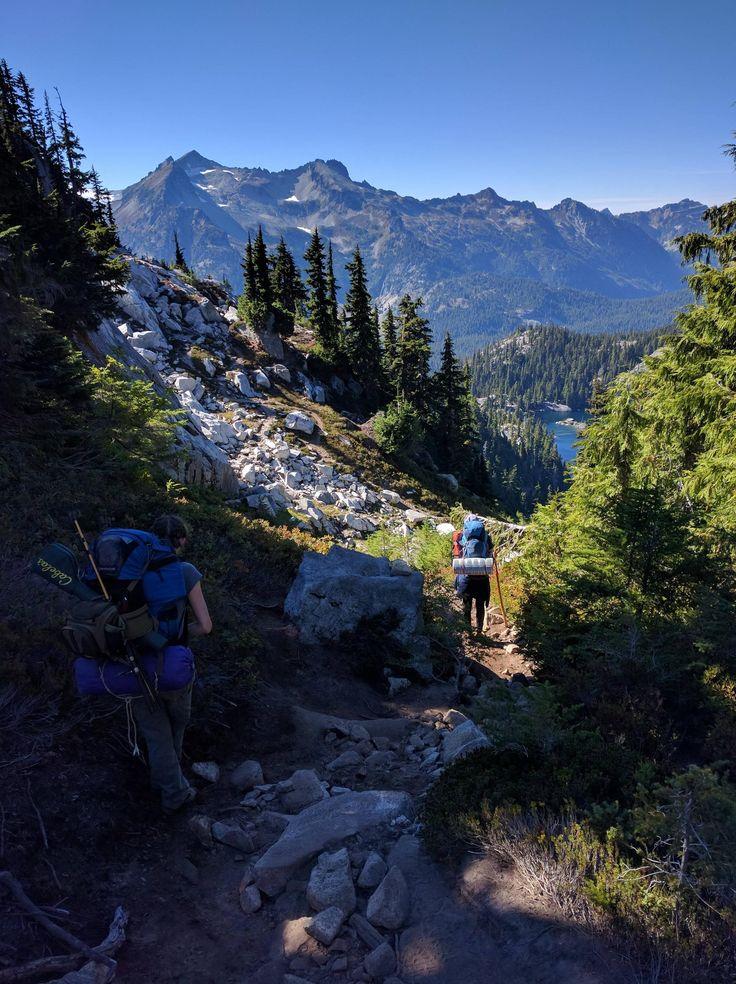 Backpacking to Tuck Lake, Okanogan-Wenatchee National Forest, WA [OC] [2992x4000]