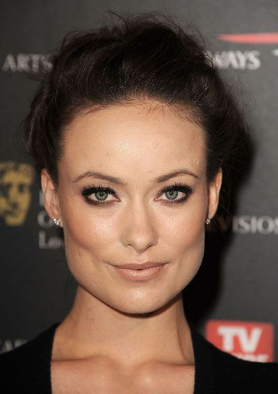Date Night Makeup Idea: Olivia Wilde's Lovely Taupe Eyes  Read More http://www.glamour.com/beauty/blogs/girls-in-the-beauty-department/2010/11/date-night-makeup-idea-olivia.html#ixzz1pYJV9ak7
