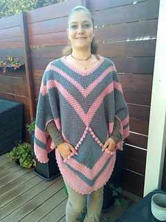 Ravelry: poncho with a pocket pattern by Miranda Baak