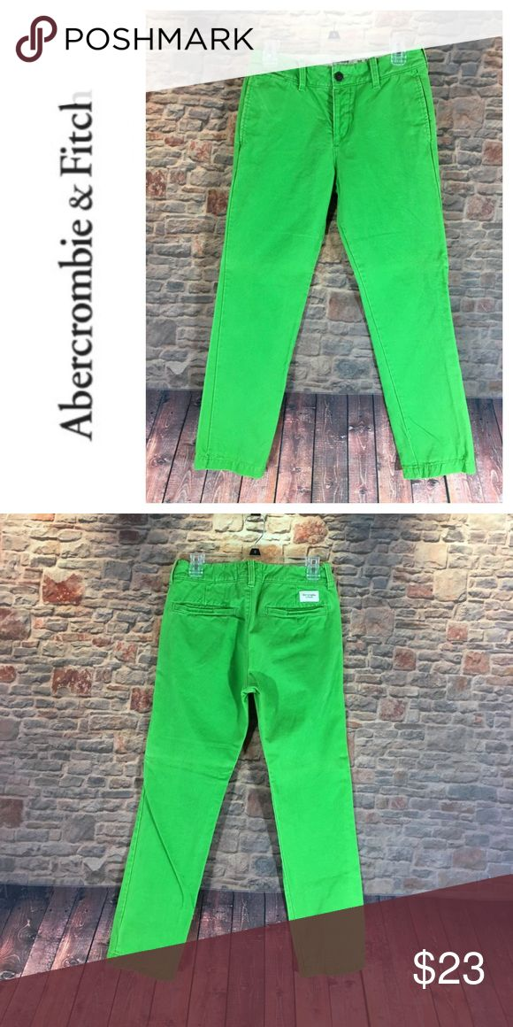 """💸Men's Abercrombie & Fitch green trouser size 28 💸Men's Abercrombie & Fitch green trouser size 28 inseam 29"""" and rise 10"""". Leg width opening is 7"""" and waist laying flat 14"""" across. Measurements are approximate. Material is a thick cotton blend. Pant is button fly closure. Great color and perfect for cool weather Abercrombie & Fitch Pants Chinos & Khakis"""