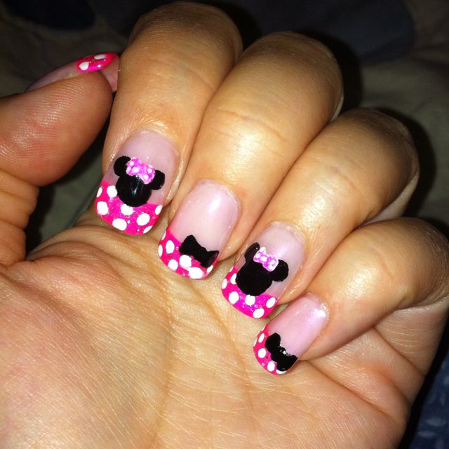 Minnie Mouse nails I painted.