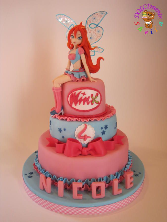 Bloom's cake