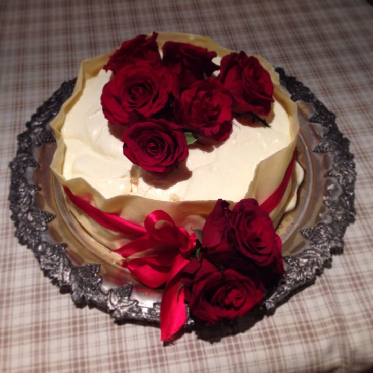 White Chocolate Mouse Cake