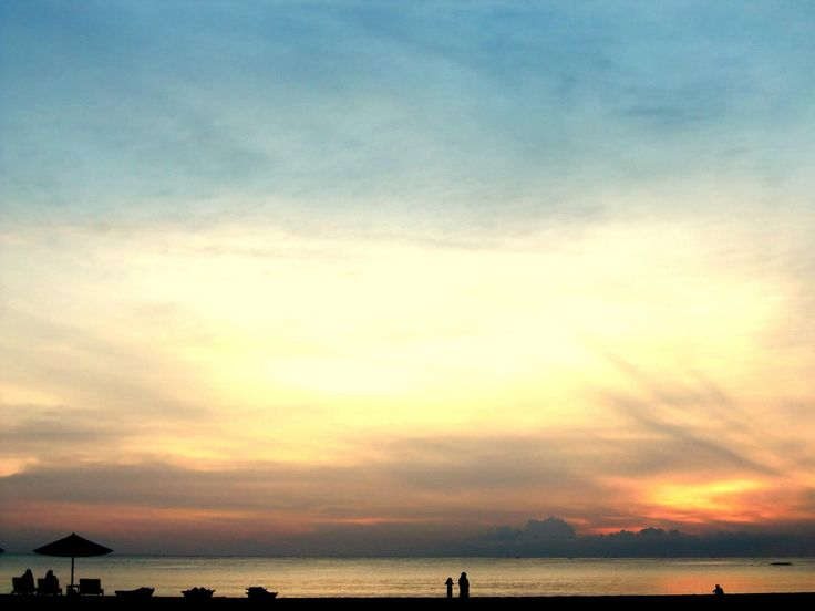 Sunrise at Malu-Malu.